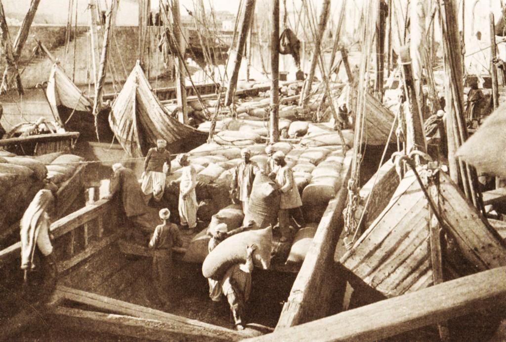 1922 Alexandria docks